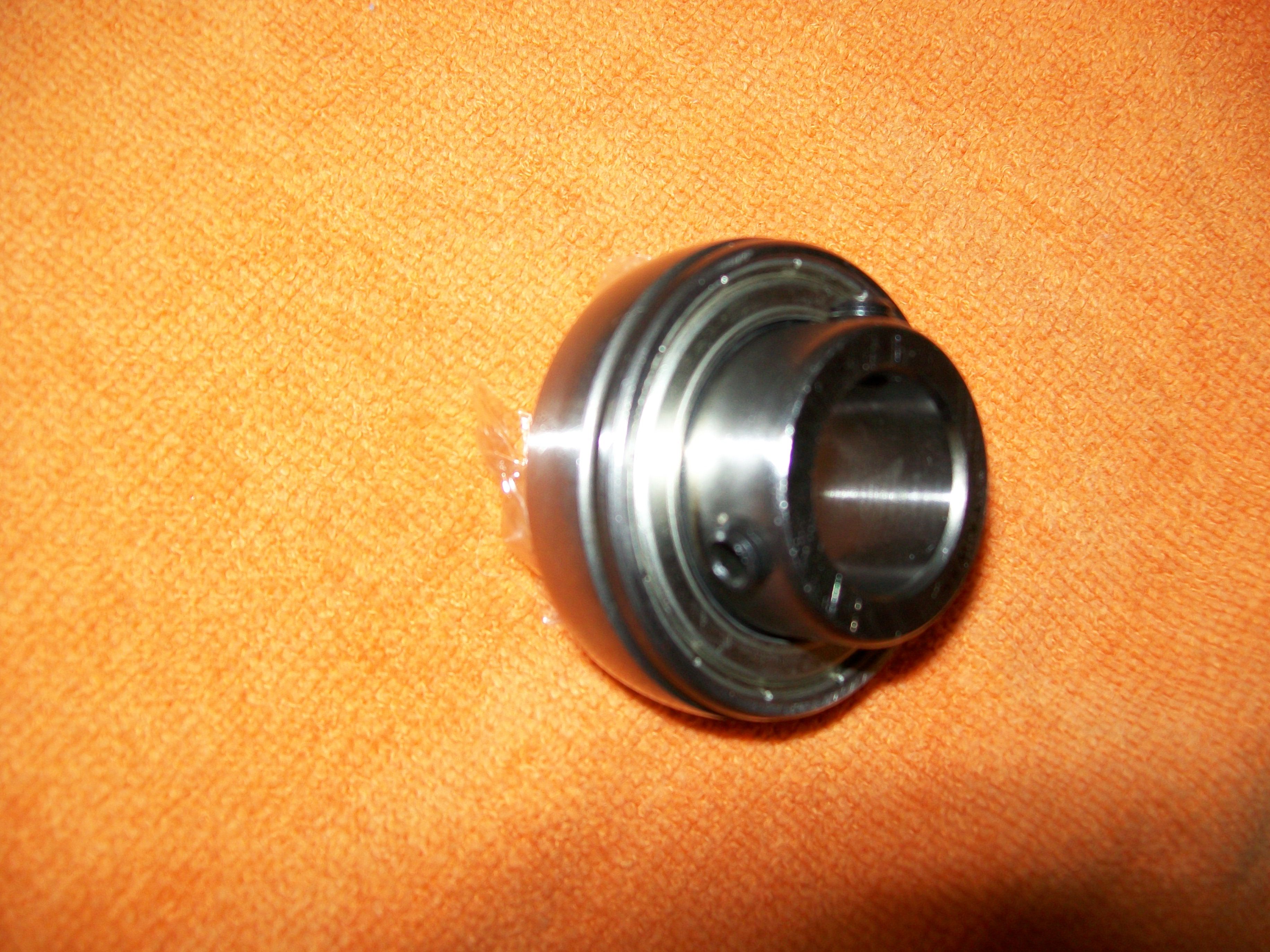 "SB204-12g, 3/4"" Bore Insert Bearing w/ set screw"