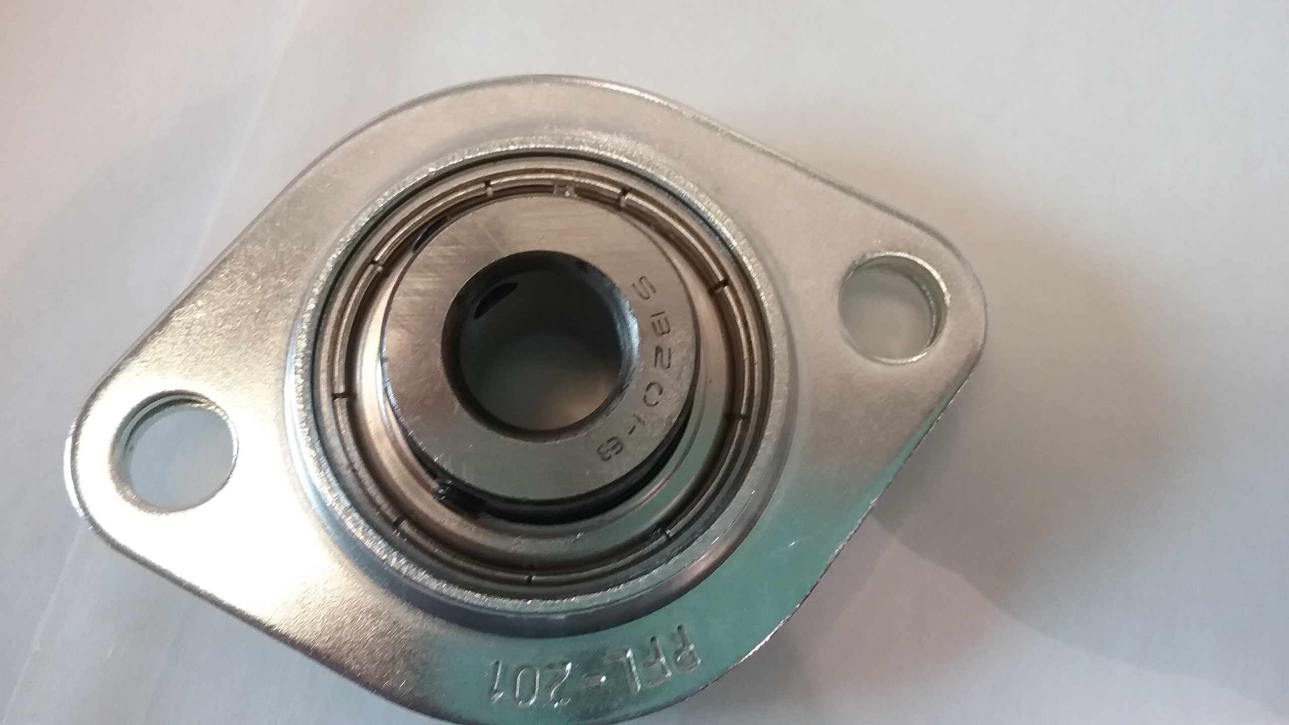 "SBPFL201-8-R-3/8, 1/2"" Bore, 2 bolt stamped flange w/ ROUND 3/8"" BOLT HOLE"
