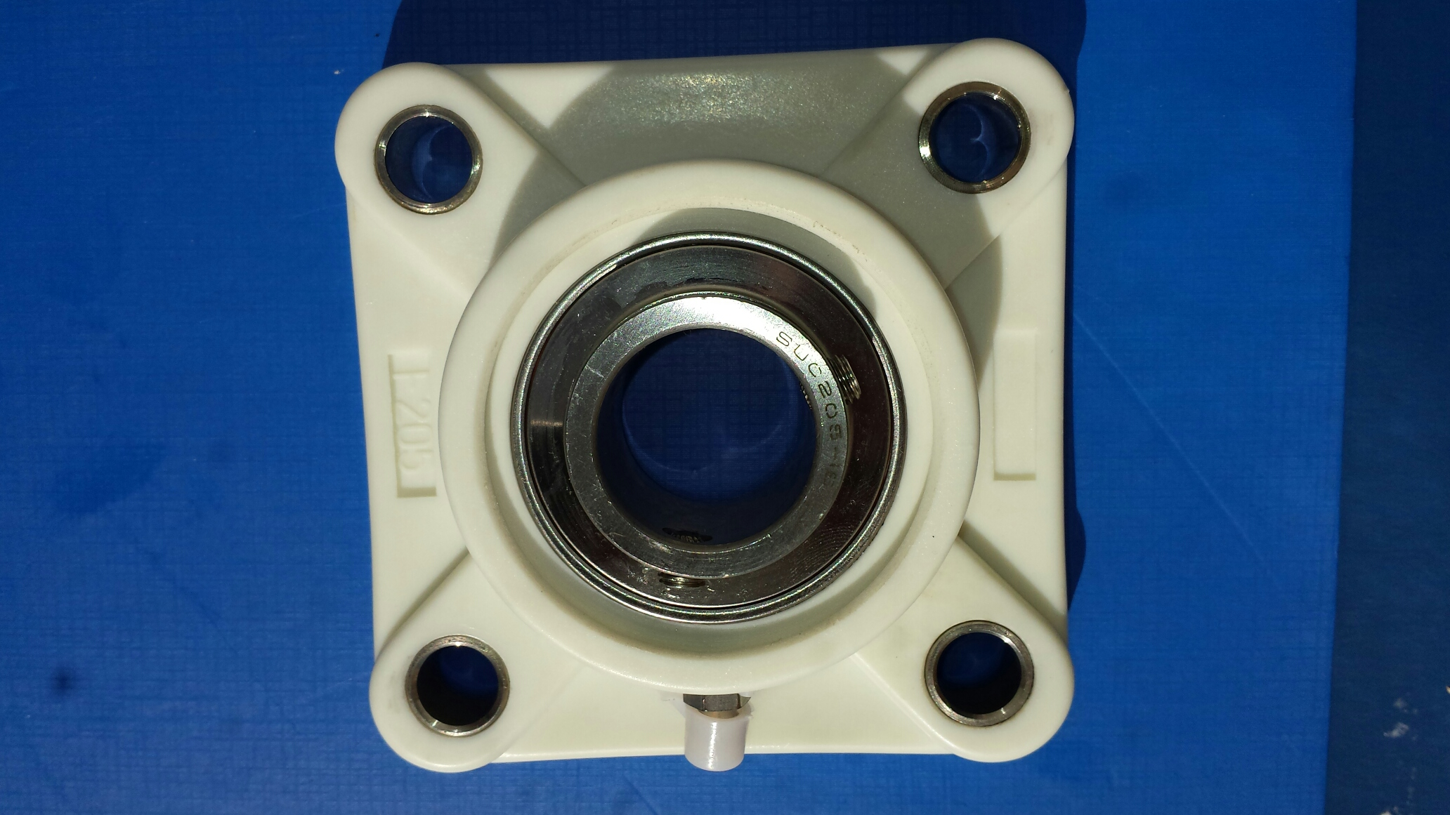 "SUCTF205-16, 1"" Bore, Stainless bearing w/ 4 Bolt thermoplastic housing"
